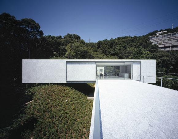 Architects: Mount Fuji Architects Studio<br> Location: <b>Shizuoka, Japan</b><br> Site area: 988.58 sqm<br> Building area: 232.77 sqm<br> Total floor area: <b>380.44 sqm</b><br> Project Year: <b>2009</b><br> Photographs: Ken'ichi Suzuki<br>