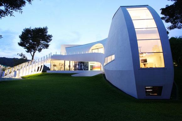 Архитекторы: tec Architecture<br>Интерьер: Marcel Wanders Studio<br>Место расположения: Palma de Mallorca, Spain<br>Общая площадь: 790 кв. м<br>Дата проектирования: 2009<br>Фотографы: Gaelle Le Boulicault & Marcel Wanders Studio<br>